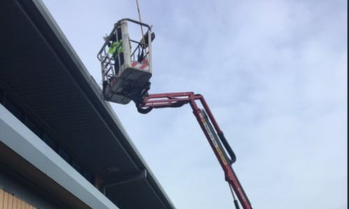 Commercial Gutter Cleans